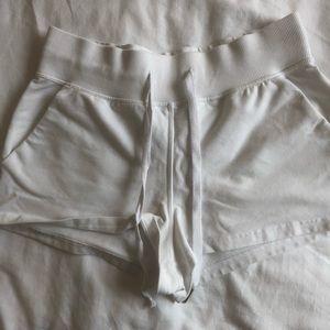 White cotton lululemon shorts